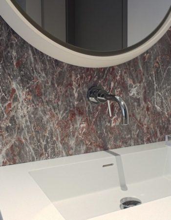 """Bagno realizzato con un raffinato marmo Salomè per un ambiente caldo e accogliente. [wp-svg-icons icon=""""search-2"""" wrap=""""h1""""]"""